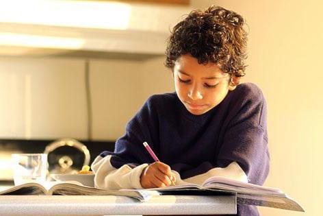 Решение задач с помощью уравнений - Справочник студента